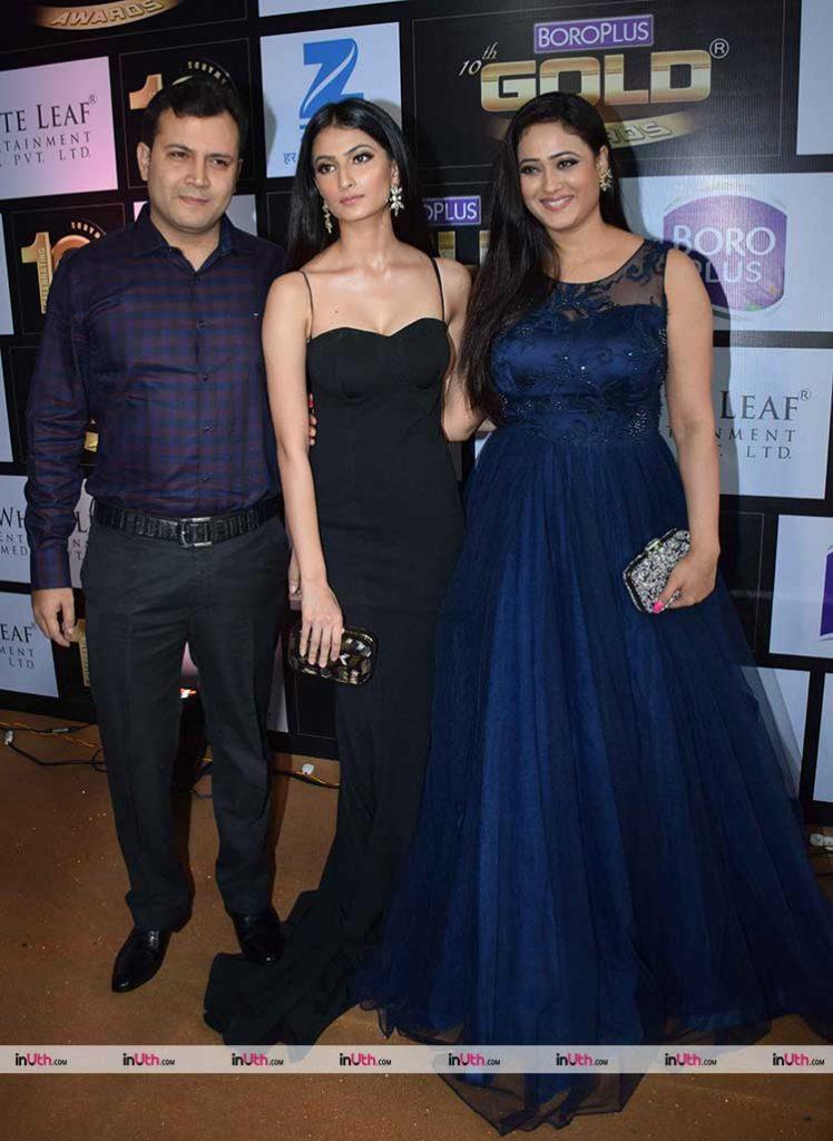 Palak Tiwari with mother Shweta Tiwari at Zee Gold Awards red carpet
