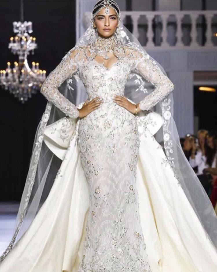Sonam Kapoor turns showstopper at Paris Fashion Week