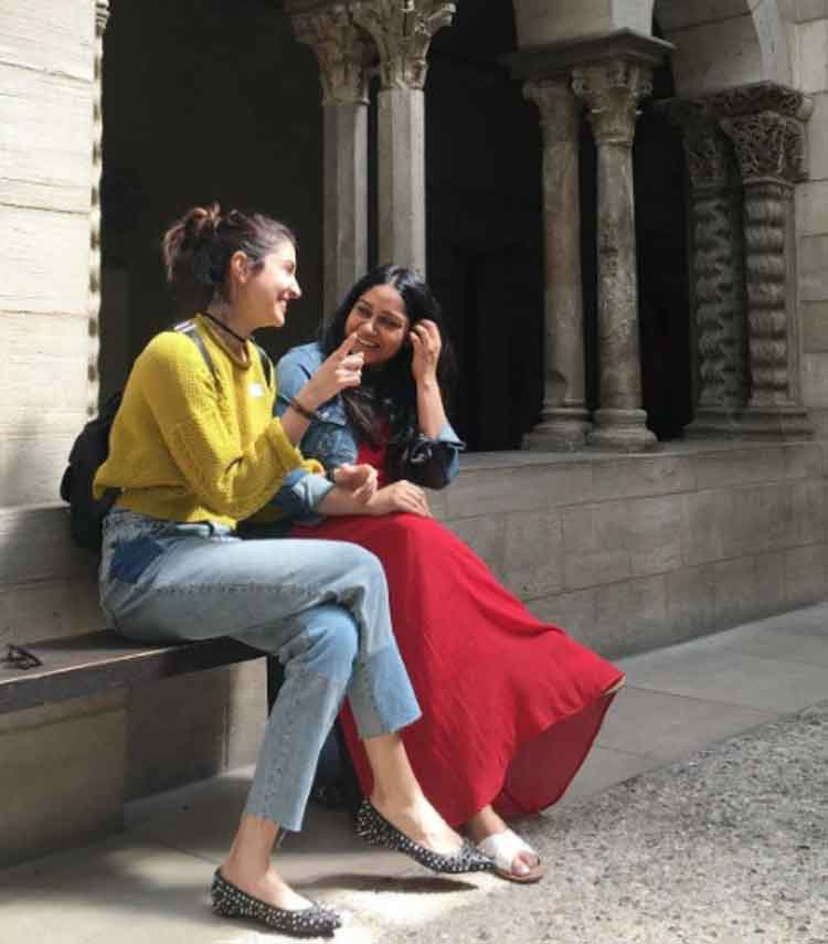 Anushka Sharma chilling with her childhood friend in New York