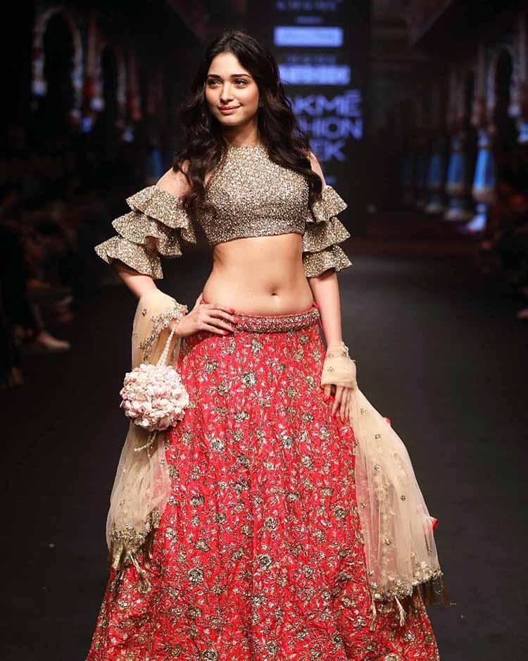 Hot Tamannaah Bhatia On Lakme Fashion Week 2018 Ramp