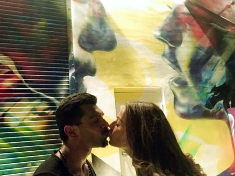 Karan Singh Grover and Bipasha Basu kissing each other