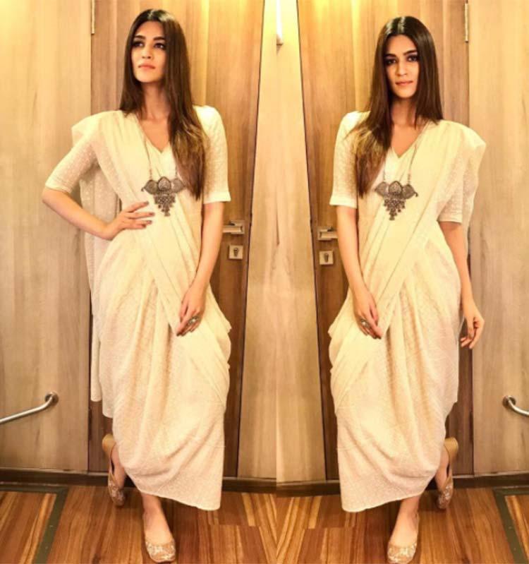 Kriti Sanon's saree dress for Bareilly Ki Barfi promotions is stunning