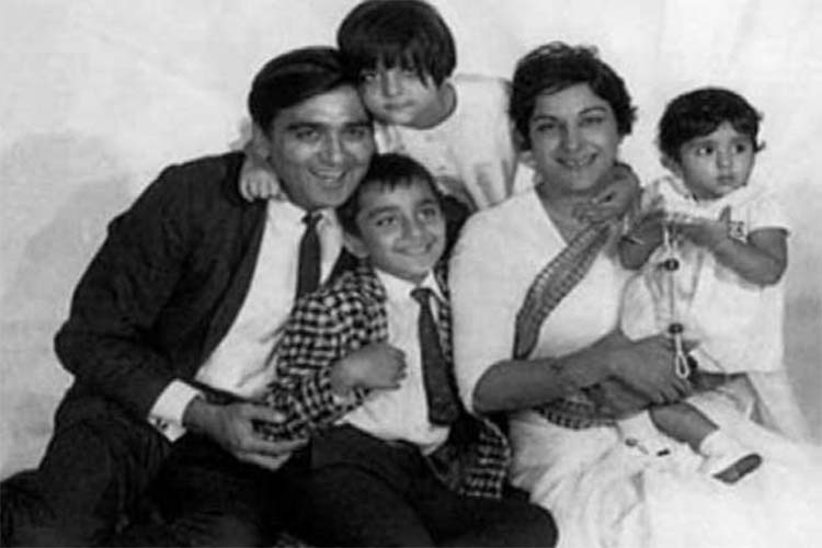 sanjay dutt and sunil dutt look amazing in this throwback ...