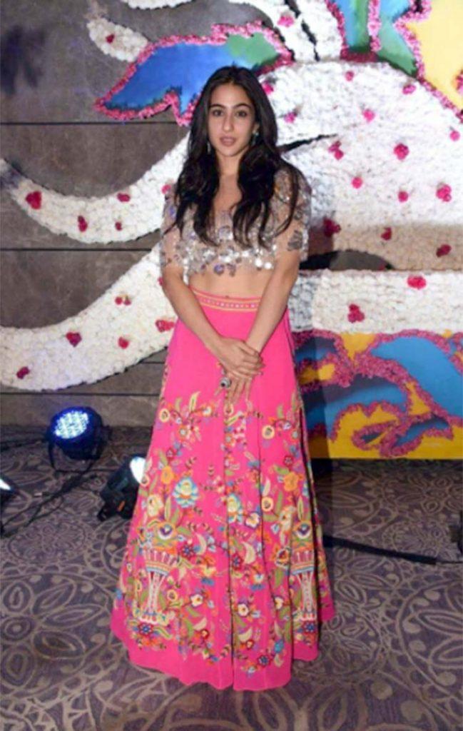 Sara Ali Khan at Abu Jani Sandeep Khosla show