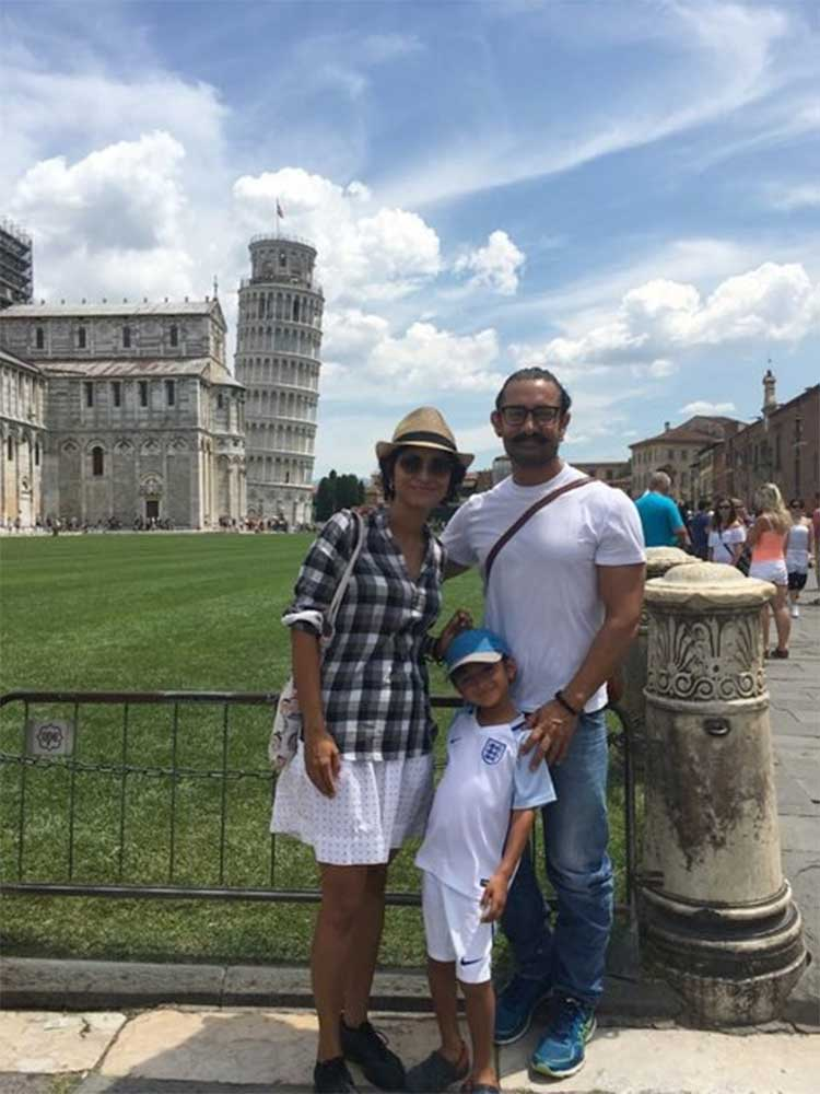 Aamir Khan and family near the Leaning Tower of Pisa