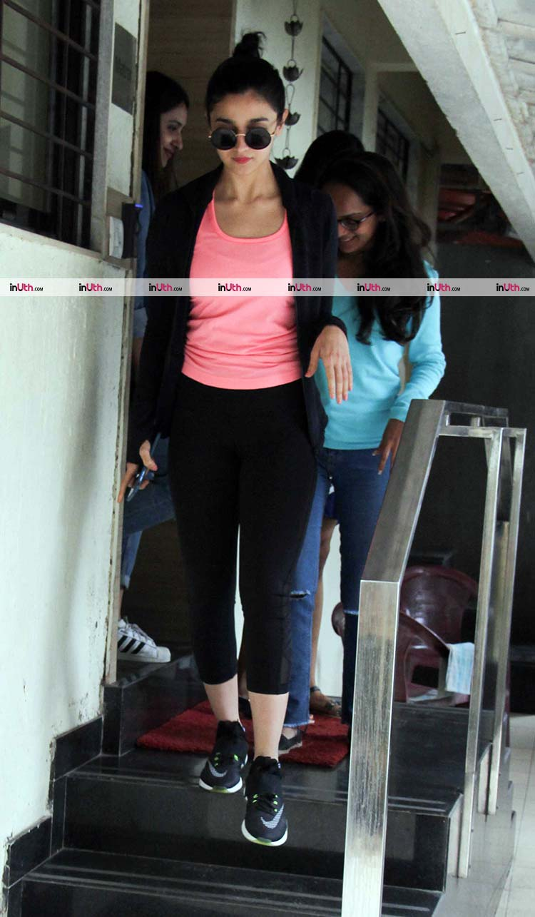 Alia Bhatt spotted in Bandra with friends
