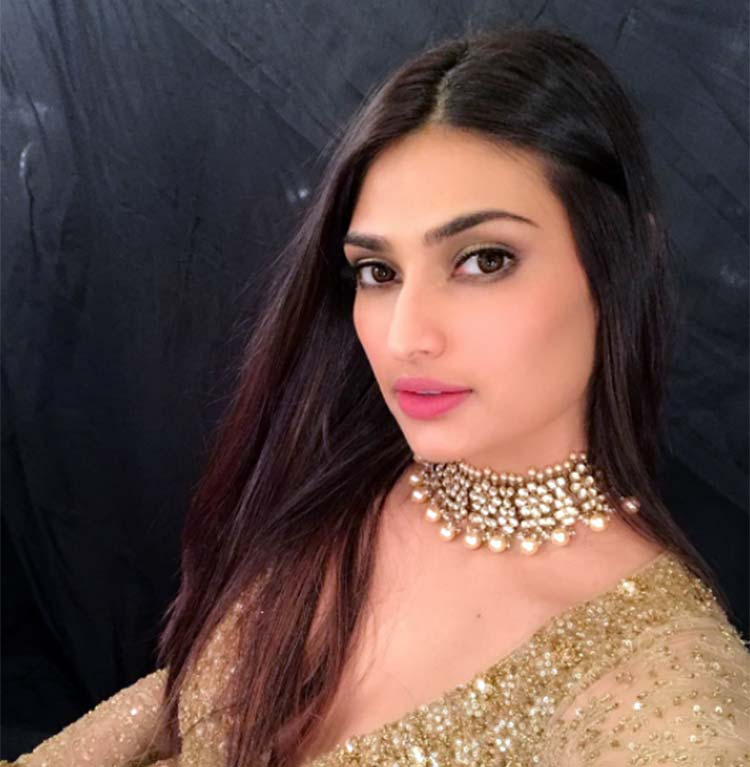 Athiya Shetty's beautiful look from ICW 2017