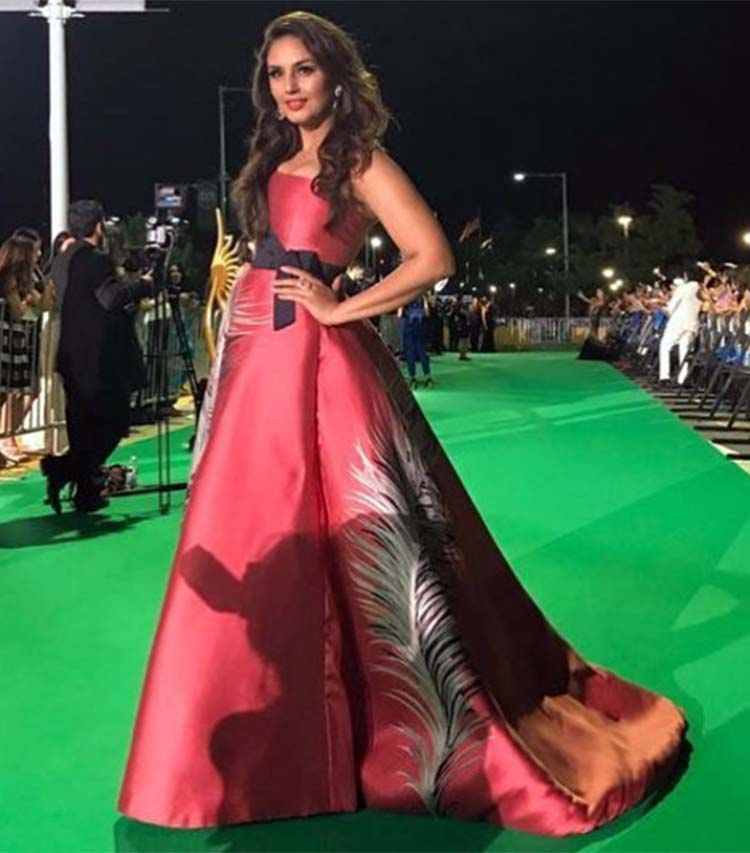 Huma Qureshi in a Carolina Herrera and Armarium gown at IIFA 2017