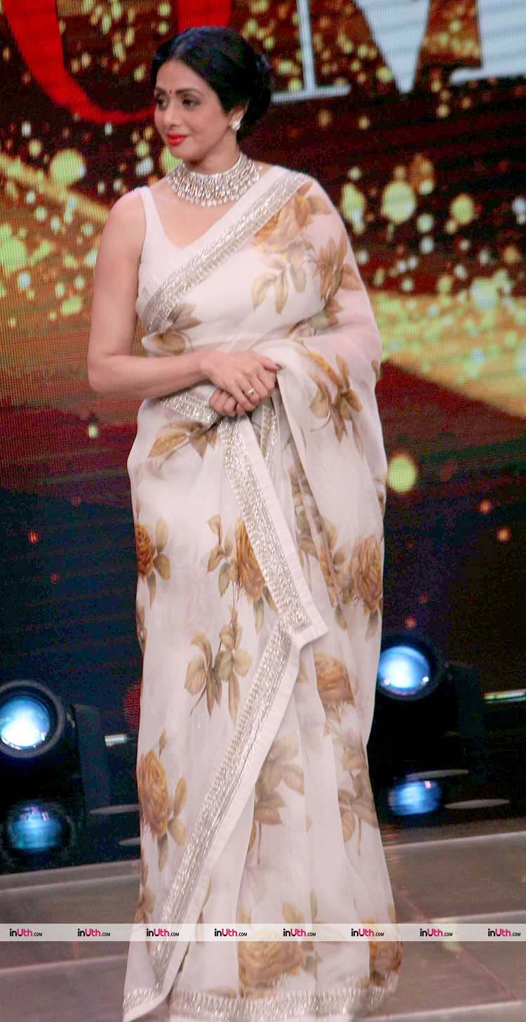 Sridevi looks beyond gorgeous in this hand printed saree