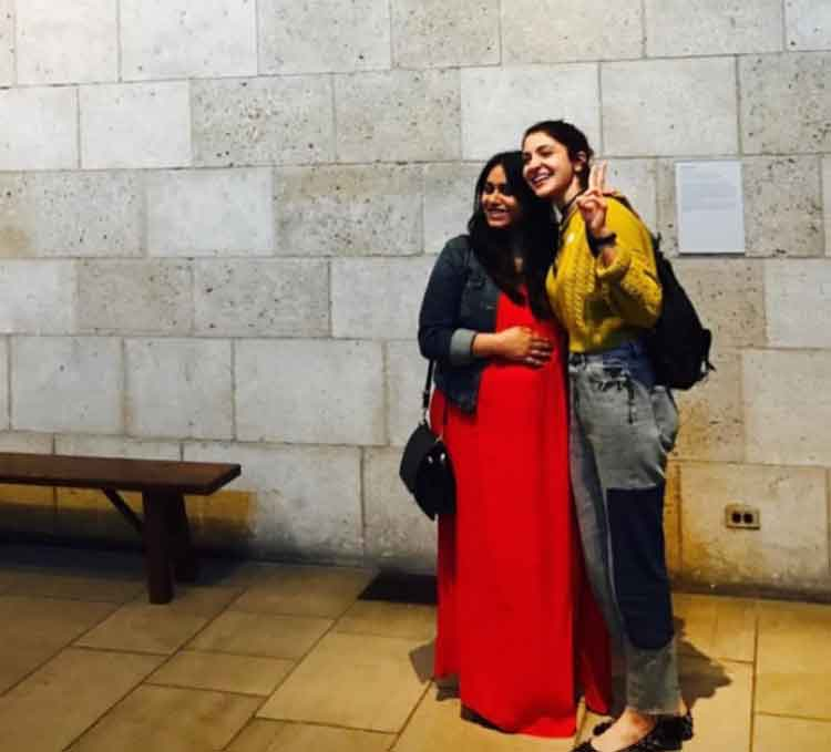 Anushka Sharma poses with her friend in New York