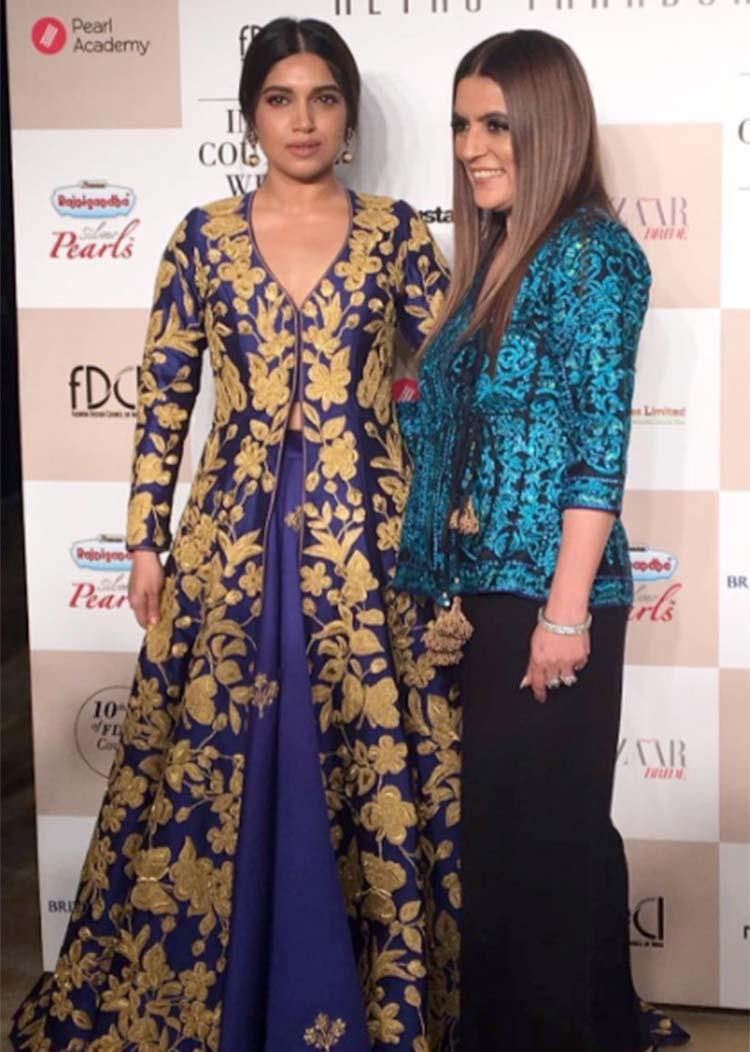Bhumi Pednekar posing with designer Reynu Taandon at ICW 2017