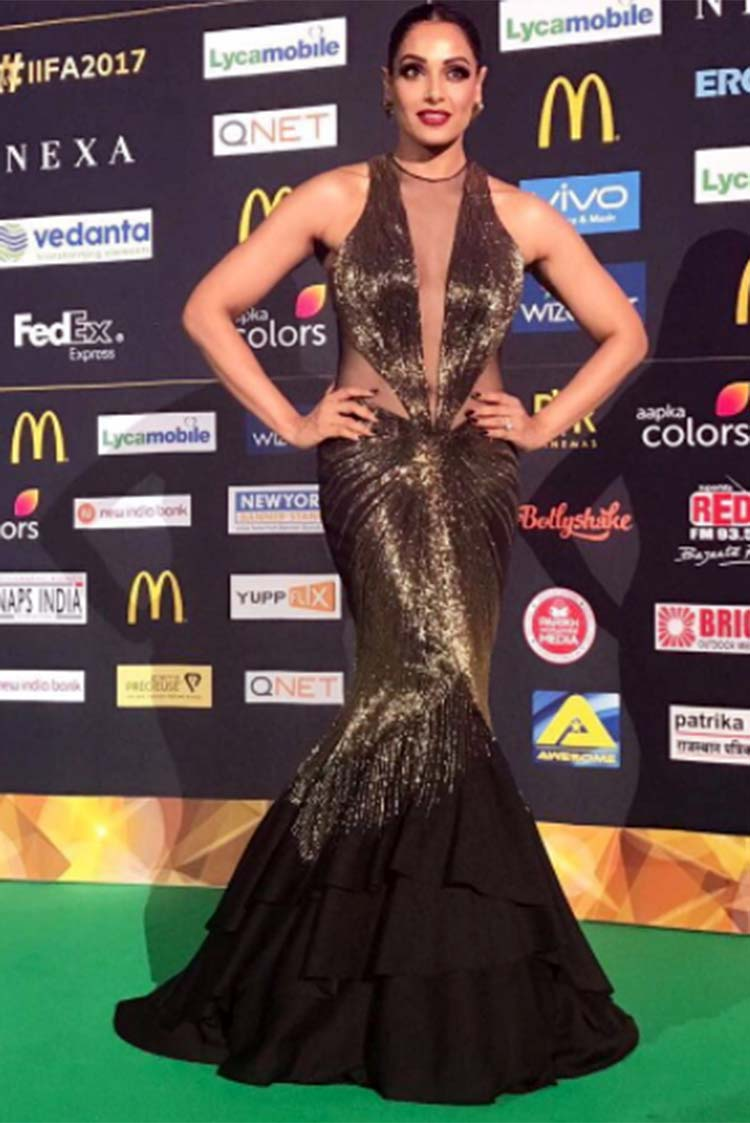 Bipasha Basu in a Gaurav Gupta gown at IIFA 2017