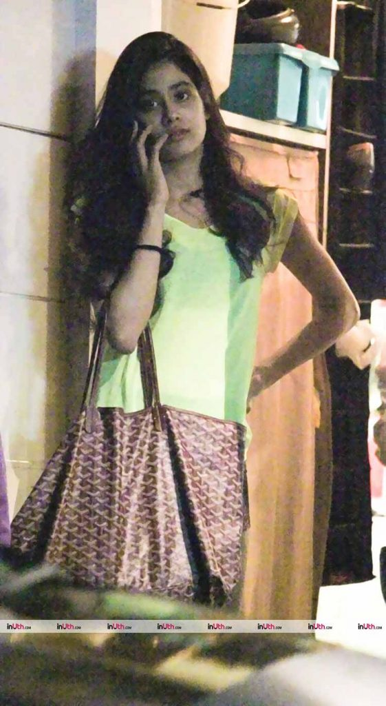Jhanvi Kapoor spotted at a salon in Mumbai last night