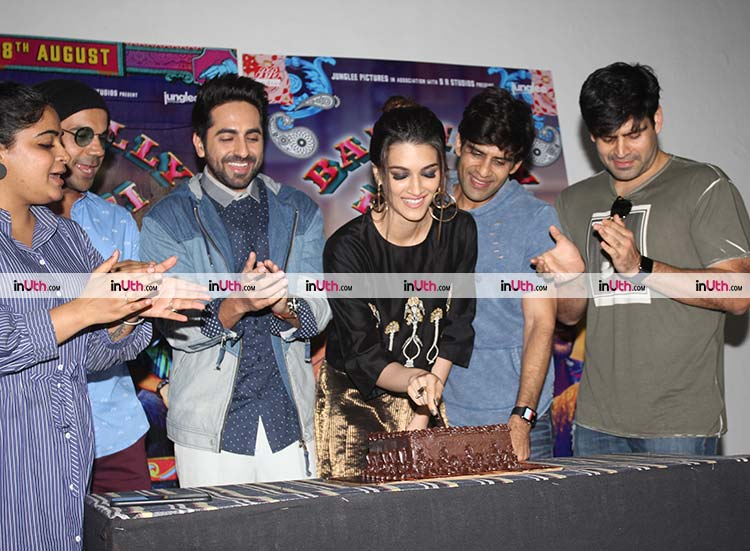 Kriti Sanon celebrating her birthday at Bareilly Ki Barfi promotions