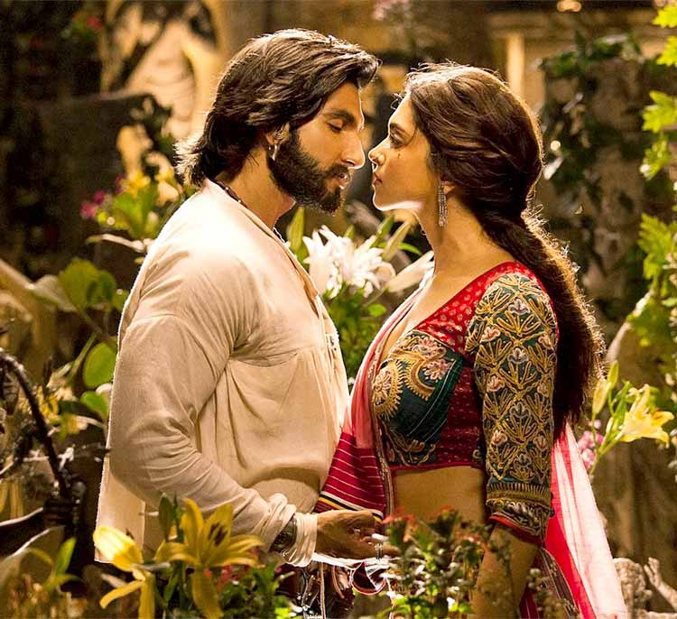 Ranveer Singh and Deepika Padukone looked like love