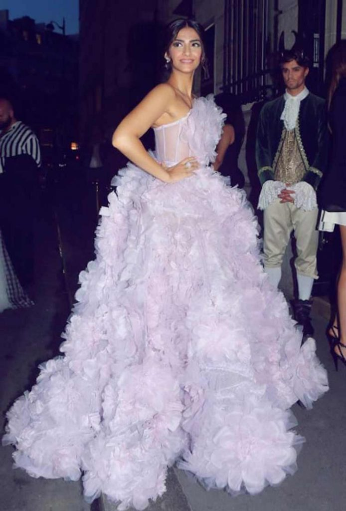 Sonam Kapoor looked celestial at Ralph and Russo after party