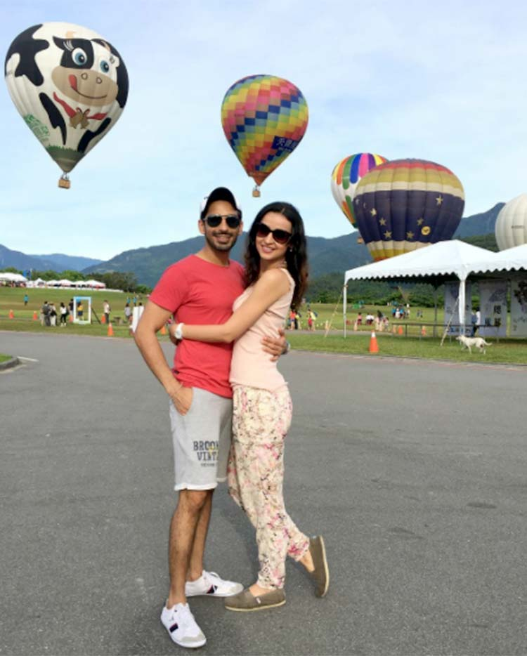 Sanaya irani mohit sehgal holiday pics sanaya irani and mohit sehgal are having super fun in taiwan thecheapjerseys Choice Image