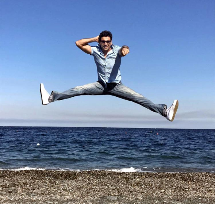 Vivek Dahiya goes crazy in Italy