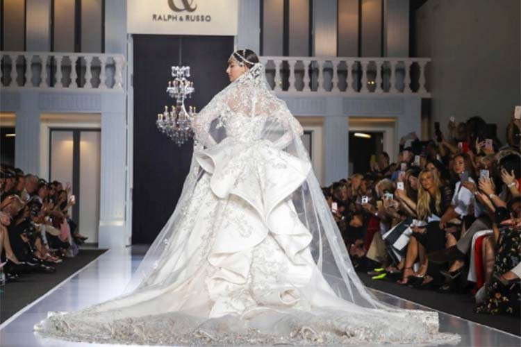 Sonam Kapoor in Ralph and Russo from Paris Fashion Week