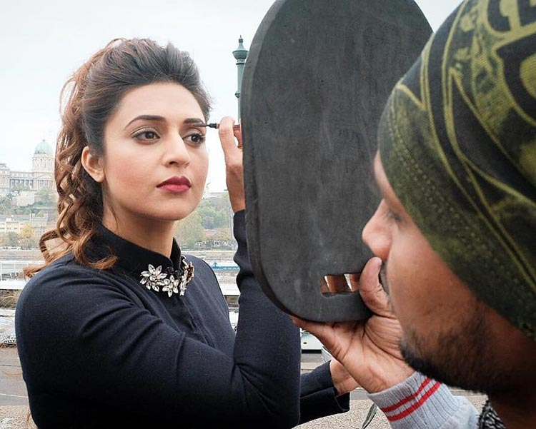 Divyanka Tripathi getting ready for her shot