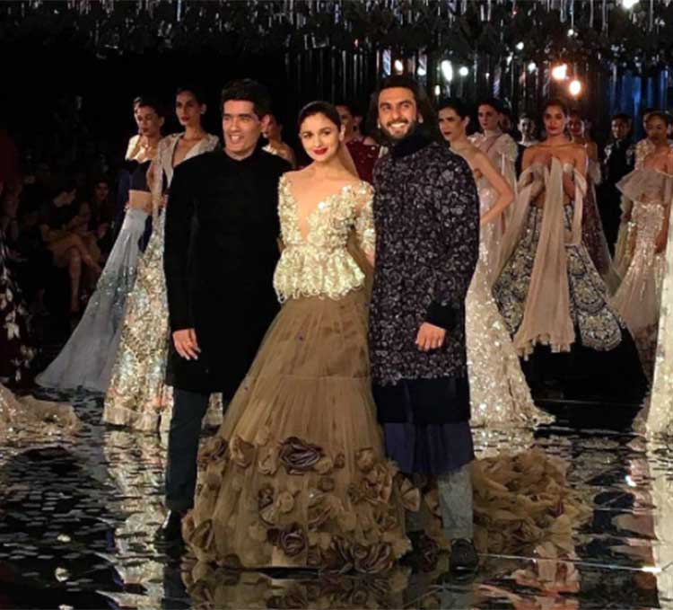 Manish Malhotra's couture wraps up the ICW 2017