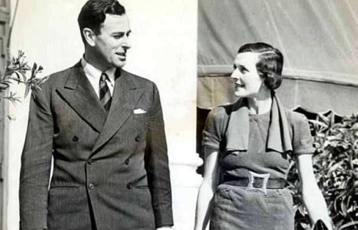 Lord Mountbatten and Lady Edwina (Photo: Facebook/Pakistan OLD PIC Lovers)