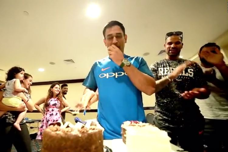 Ms Dhoni Smashes His Own Head On His Birthday Cake Gets A Special