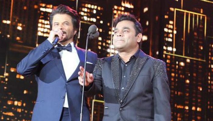Anil Kapoor and AR Rahman at IIFA 2017 (Courtesy: Twitter/@Colors)