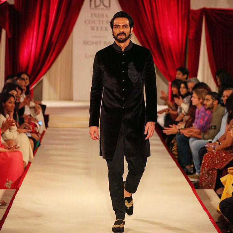 Arjun Rampal for Rohit Bal at ICW 2017