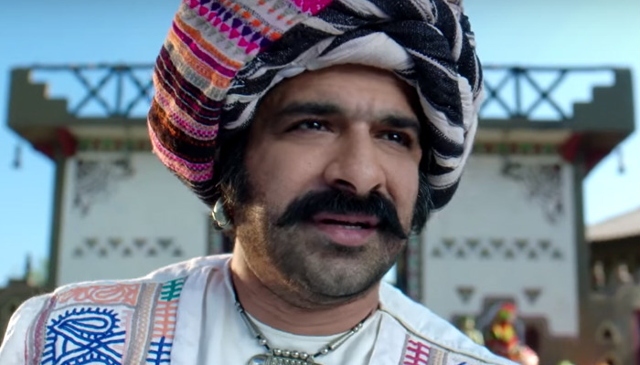 Eijaz Khan in a still from Moh Moh Ke Dhaage (Courtesy: YouTube grab)