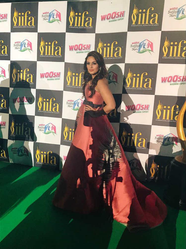 Huma Qureshi at the IIFA 2017