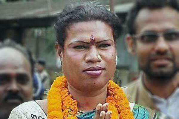 Madhu Bai Kinnar is the first transgender mayor