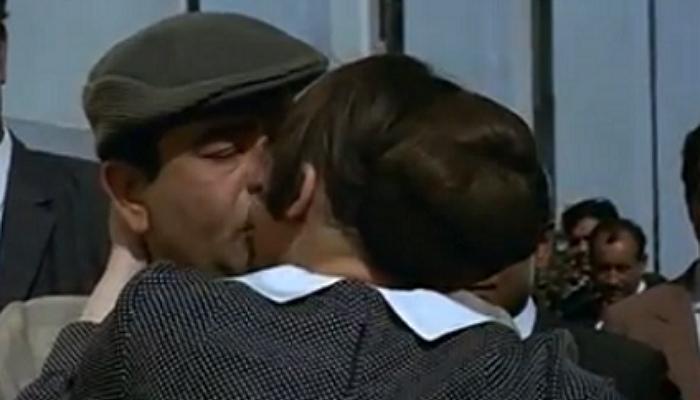 Raj Kapoor's Mera Naam Joker featured a kiss, Raj Kapoor kissing, Inuth.com