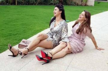 Mouni Roy celebrates Aamna Sharif's birthday photo