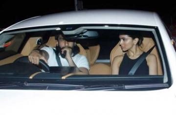 Ranveer Singh gifts himself a brand new car on his birthday photo