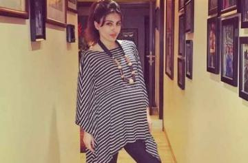 Soha Ali Khan's beautiful pregnancy photoshoot
