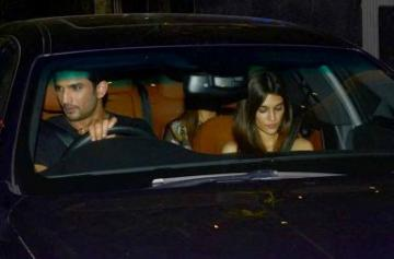 Sushant Singh Rajput and Kriti Sanon on a dinner date photo