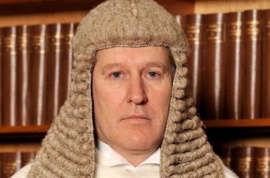 uk-judge writes to teenager