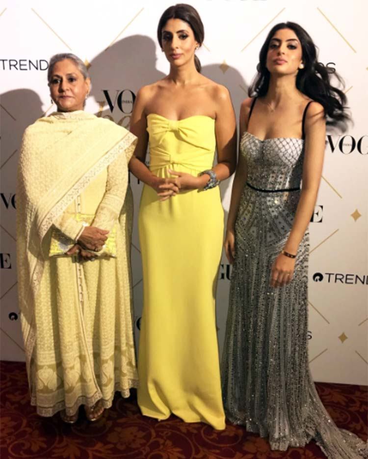 Jaya Bachchan, Shweta Nanda, Navya Naveli Nanda at Vogue Beauty Awards 2017