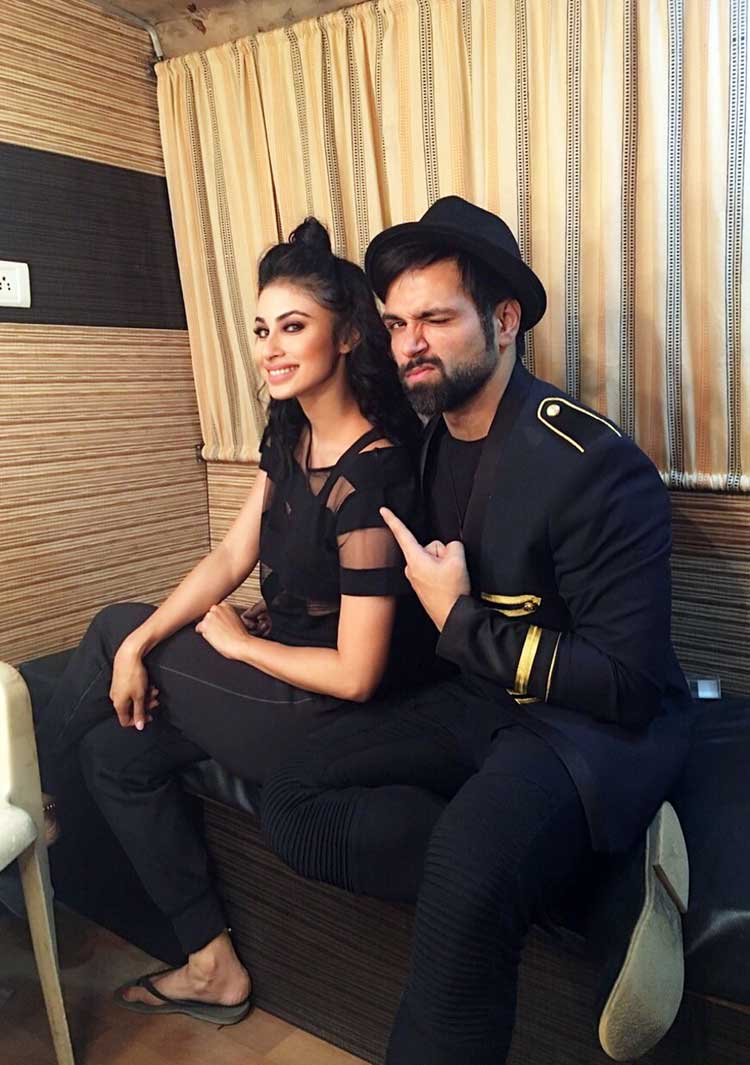 Mouni Roy posts a birthday wish for Rithvik Dhanjani on Instagram