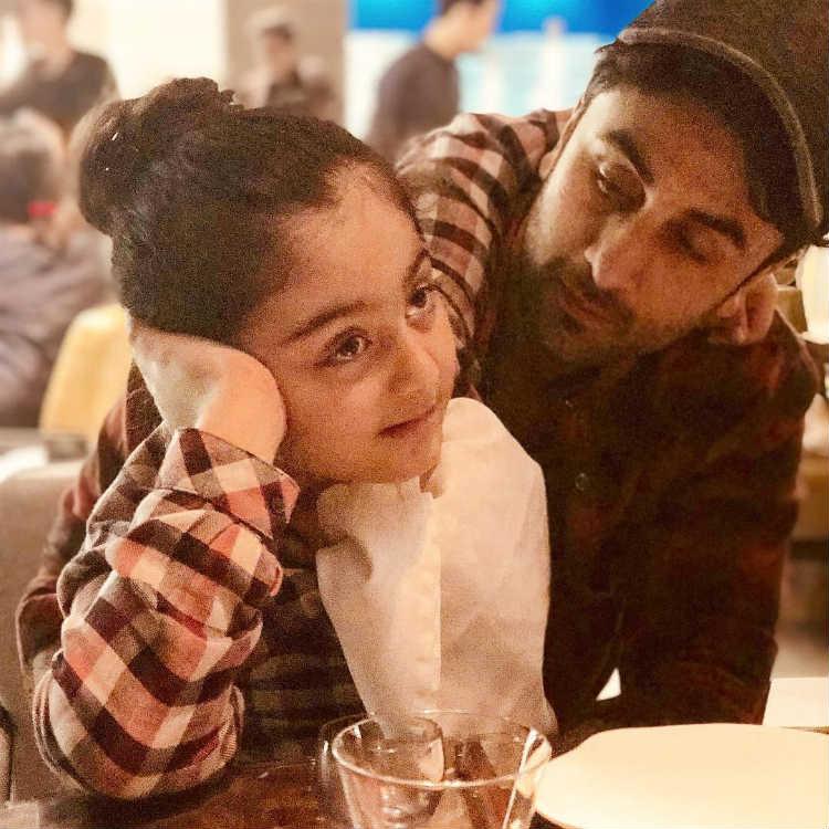 Ranbir Kapoor with niece Samara at a family dinner