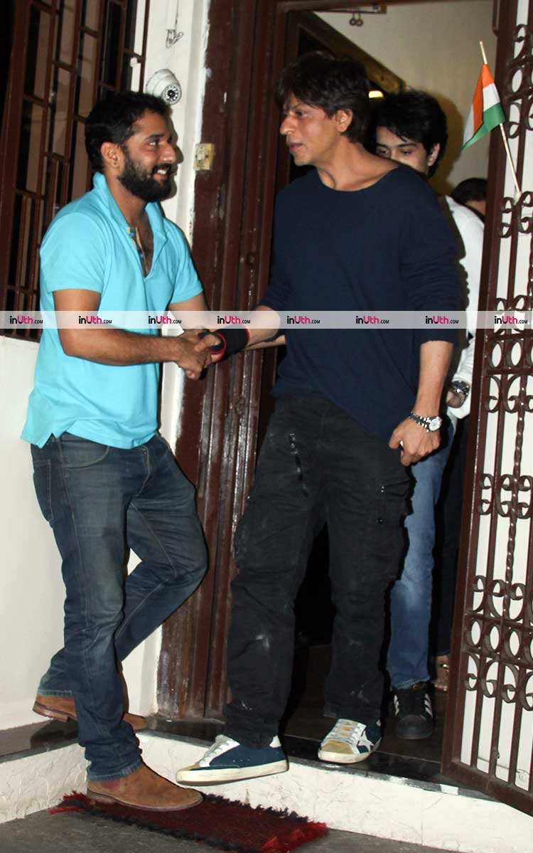 Shah Rukh Khan spotted at Shankar Mahadevan studio