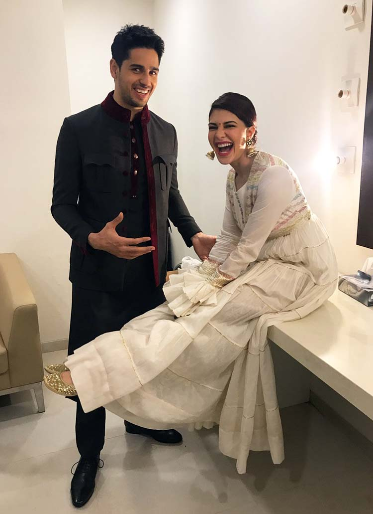 Sidharth Malhotra and Jacqueline Fernandez share some giggles at A Gentleman promotions