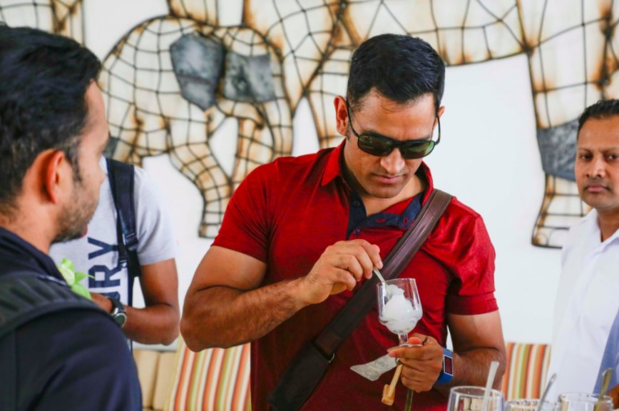 MS Dhoni enjoying his ice cream
