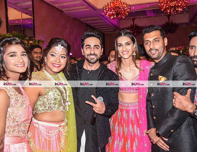 Ayushmann Khurrana, Kriti Sanon with the couple whose engagement they gatecrashed
