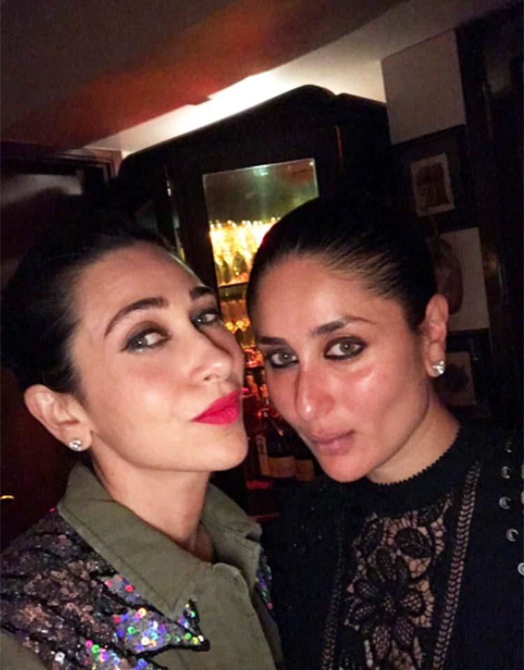 Kareena Kapoor's selfie with sister Karishma Kapoor is hot