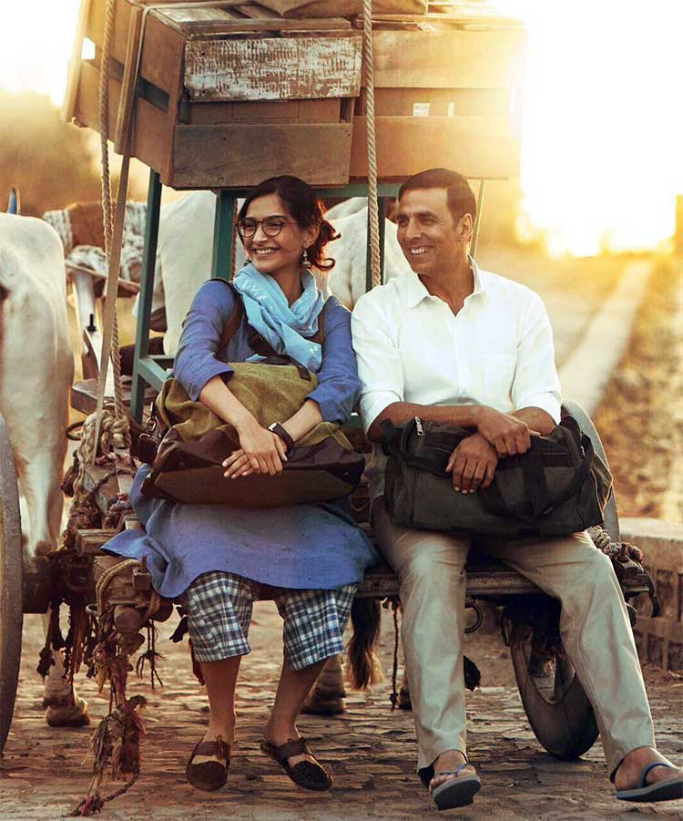 Sonam Kapoor and Akshay Kumar's first look from Padman