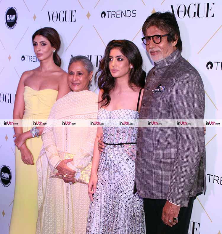 Amitabh Bachchan with the ladies at the Vogue Beauty Awards 2017