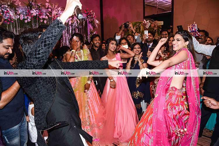 Ayushmann Khurrana, Kriti Sanon dancing it out at Bareilly Ki Barfi promotions