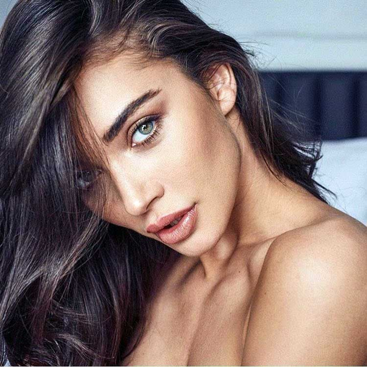 Sexy Caroline Ribeiro BRA 32000-1002 naked (91 pics) Erotica, YouTube, cleavage